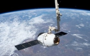 spacex-dragon-capture