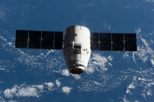 SpX-10_approaches_the_ISS
